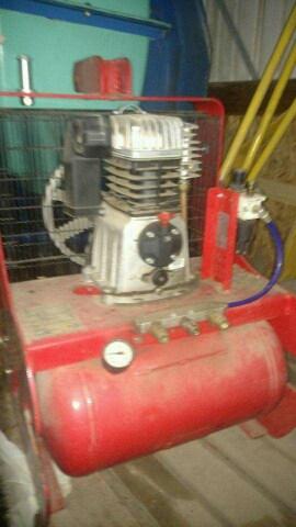Air Compressor – 3pt Hitch